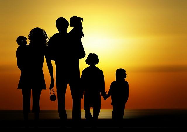 silueta rodiny