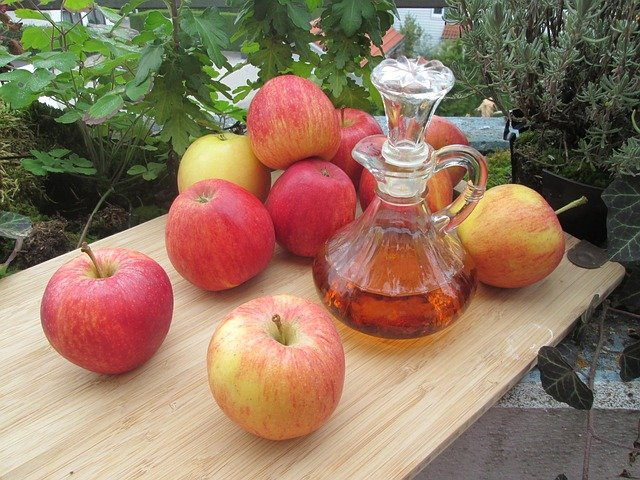 ocet z jablek